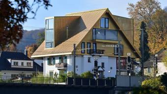 Das «Goldene Dach» lässt viele nicht kalt: Die Meinungen dazu gehen weit auseinander.