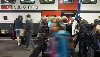 Ab dem 11. Dezember dauert die Reise von Schwaderloch nach Lugano eine halbe Stunde weniger. (Symbolbild)
