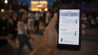 Die Schweizer Corona-App schützt Daten deutlich besser als Facebook und Co.