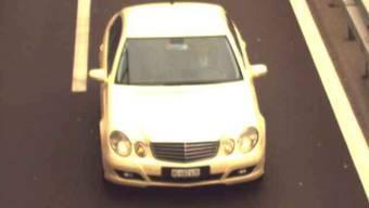 Mit diesem Auto fuhr der mutmassliche Täter nach Buchs, um daraufhin auf offener Strasse eine Handgranate nach seiner Ehefrau zu werfen.
