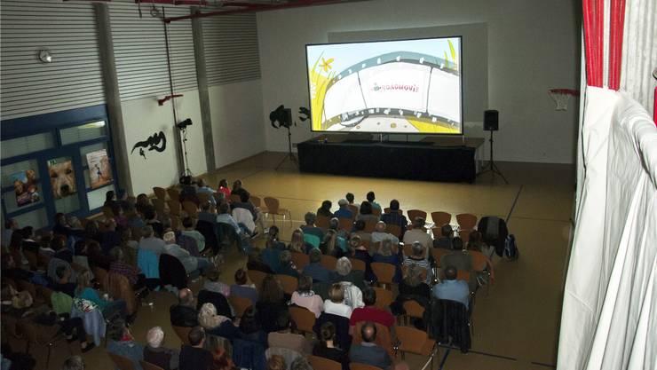 In der alten Turnhalle Luterbach wird am Freitag im Rahmen des «Roadmovies» einen Film gezeigt. (Archivbild)