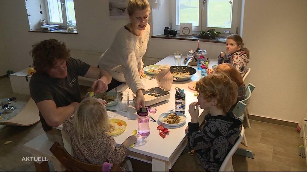 Kontaktverbot: 5-Personen-Regel stellt Familien vor grosse Probleme