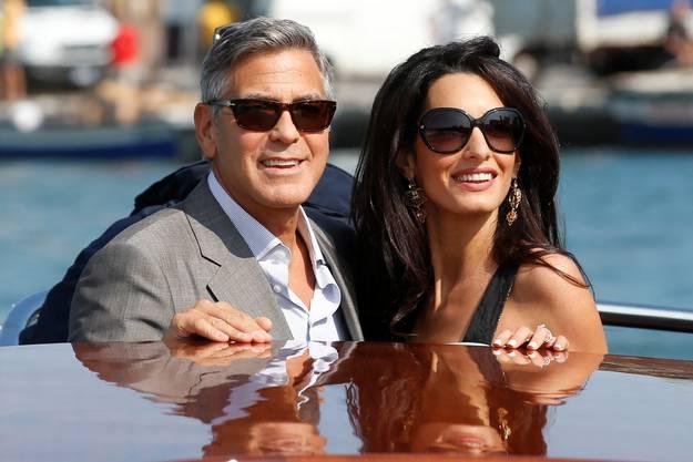 Clooney und Alamuddin auf dem Boot