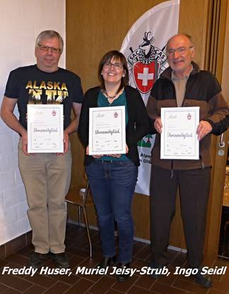 Legende: Die Ehrenmitglieder v.l. Freddy Huser, Muriel Jeisy-Strub, Ingo Seidl.