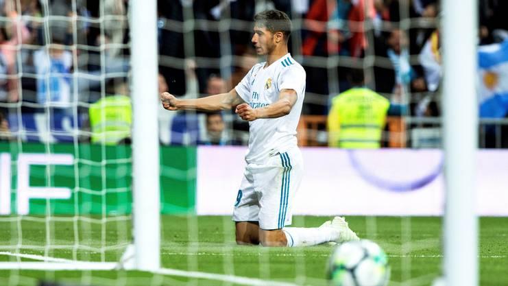 Achraf Hakimi feiert einen Treffer für Real Madrid.