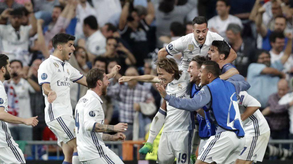 Der Jubel kennt keine Grenzen: Real Madrid feiert nach der Qualifikation für die Halbfinals