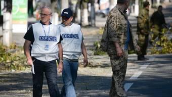 Erhalten Verstärkung: OSZE-Beobachter in Donezk