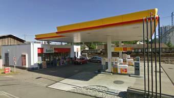 Shell-Tankstelle in der Aarauer Telli muss Ende Jahr weg (Symbolbild)