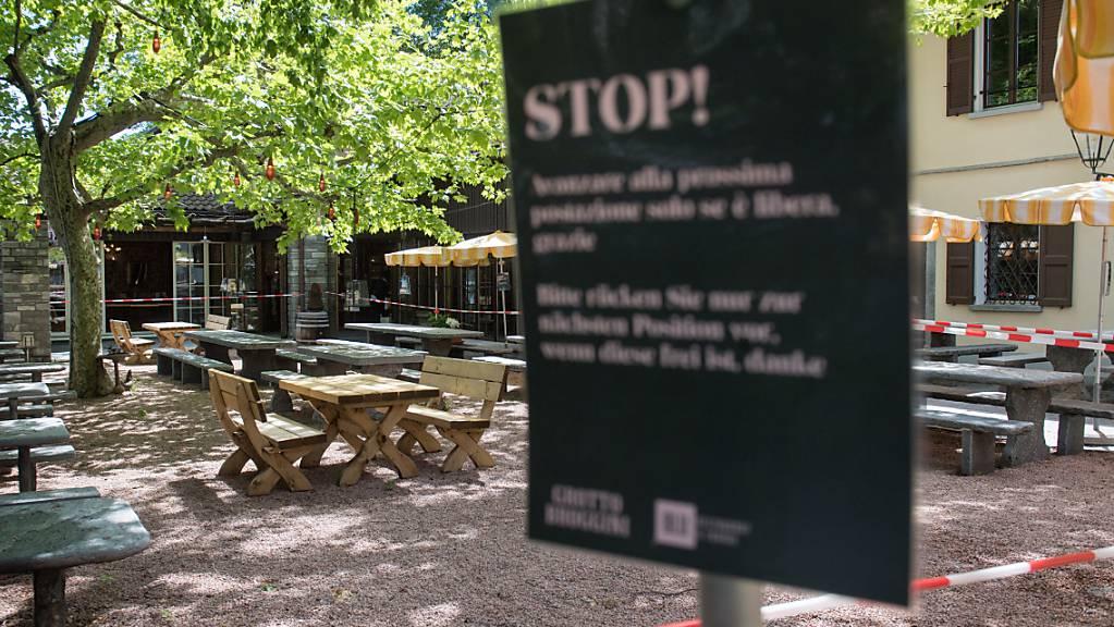 Tessiner Bars und Restaurants haben die Krise stark zu spüren bekommen. Im Bild das Grotto Broggini in Losone.