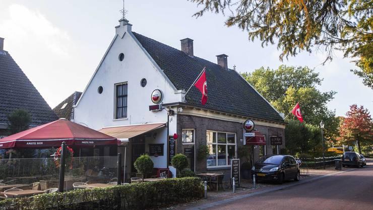 Die Dorfkneipe von Ruinerwold.