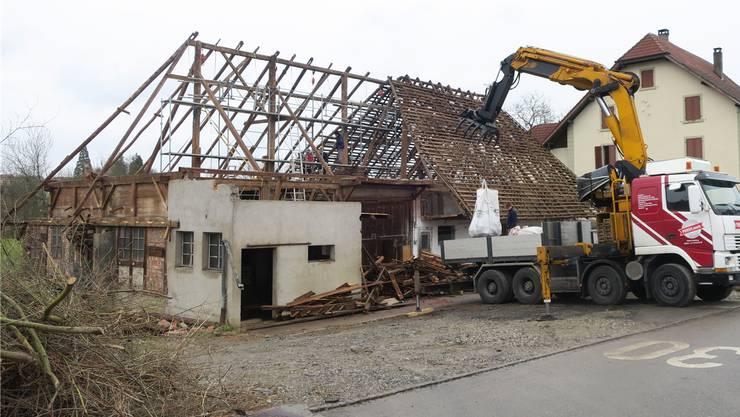 Ende März wurde die Hochstudscheune in Kölliken abgebaut.