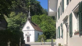 Die Bad Klus-Treppe gegenüber der St. Jost Kapelle.