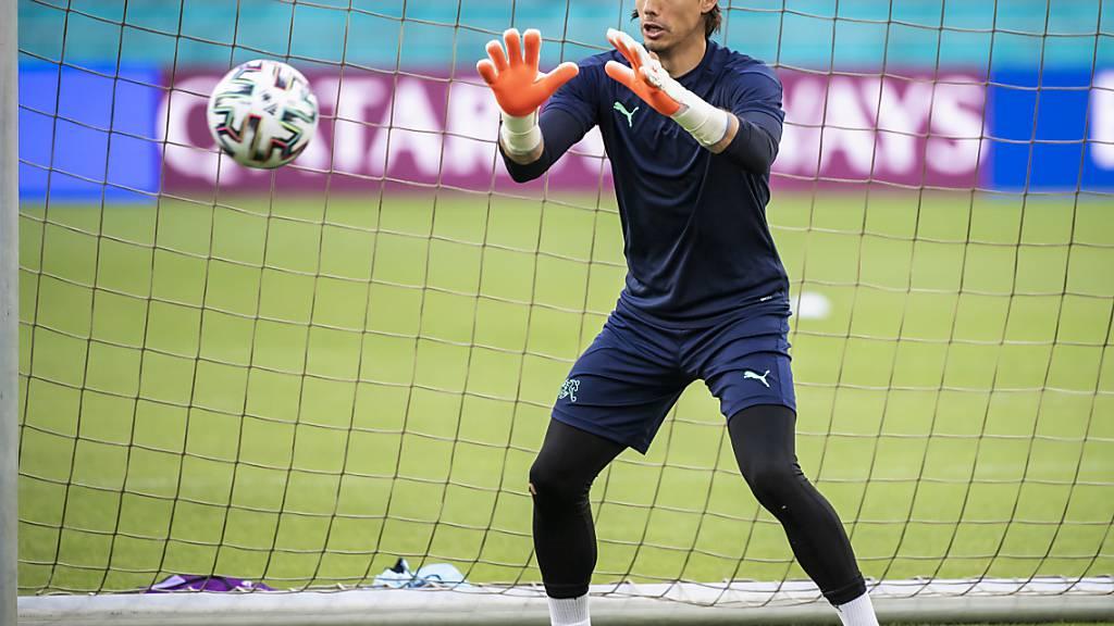 Fokus auf Ball und Spiel: Nach kurzem Vaterschaftsurlaub steht Yann Sommer auch gegen die Türkei im Schweizer Tor