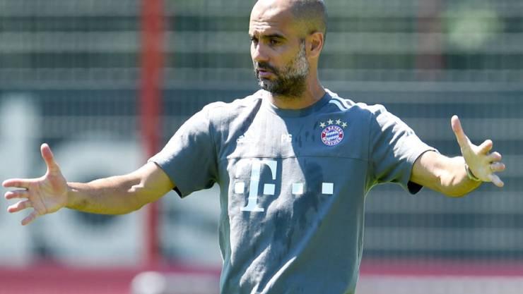 Bayern München anstatt Brasilien: Guardiola beim Training
