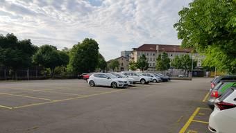 Parkplatz des Kantons beim Rössligut/Zeughaus/Balänenhalle Aarau
