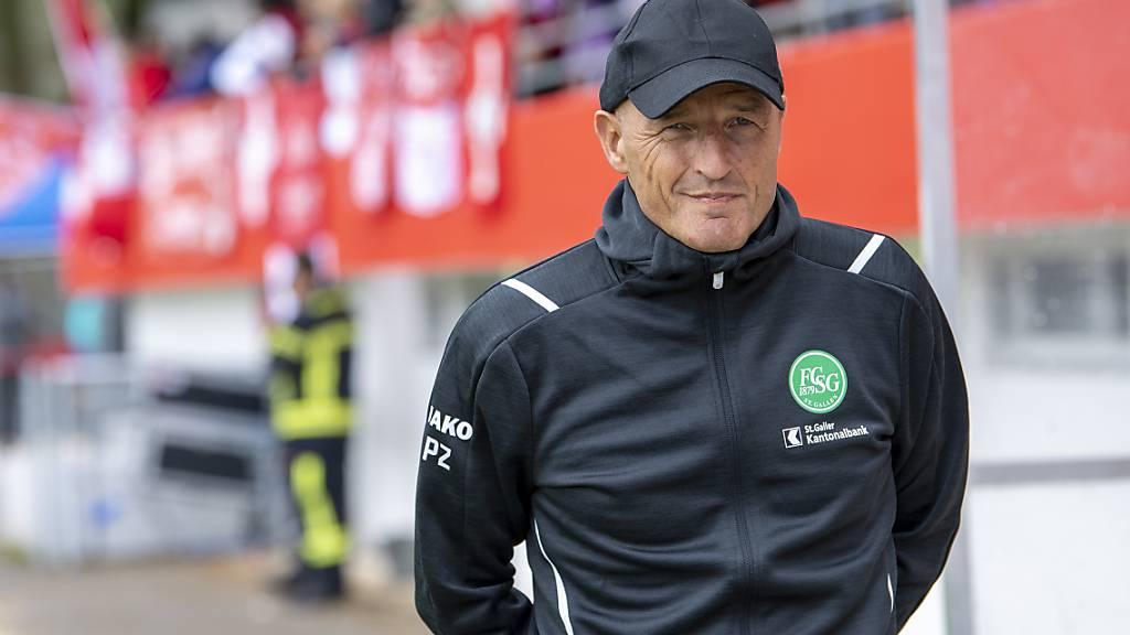 St. Gallens Cheftrainer Peter Zeidler muss sich im ersten Viertel  der Meisterschaft einige Sorgen machen