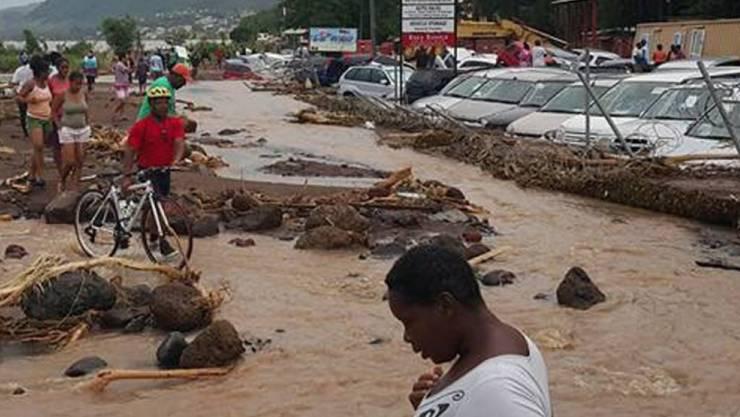 "Roseau auf der Insel Dominica nach dem Durchzug des Sturms ""Erika"""