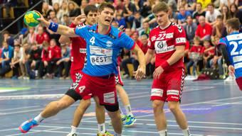 Der Siggenthaler David Anderes (blau) beim Abschluss.