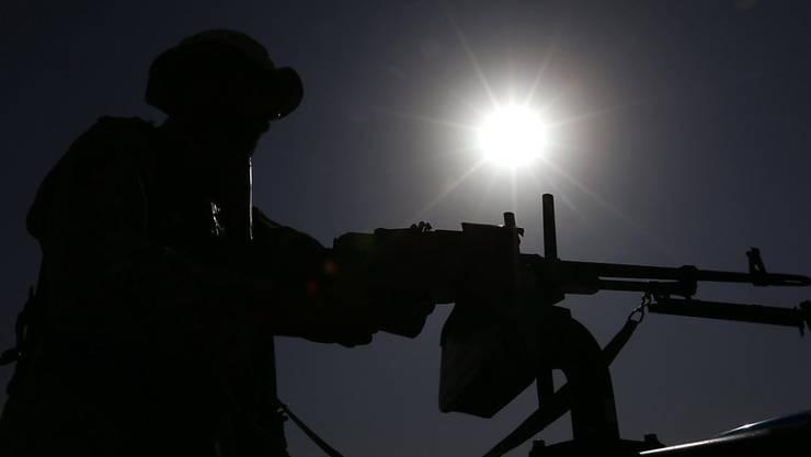 Die Kämpfe dauern an: Die afghanischen Streitkräfte schafften es trotz US-Unterstützung aus der Luft nicht, die Taliban aus der Provinzhauptstadt Kundus zurückzudrängen. (Archiv)