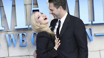 """Zur Premiere des Kinofilms """"Mamma Mia! Here We Go Again"""" sind am Montagabend Stars wie Amanda Seyfried und Thomas Sadoski auf dem blauen Teppich in London erschienen."""