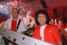 Die Partyband Duo HAUTNAH sorgt an den Meitlitagen 2014 in der Mehrzweckhalle Meisterschwanden für beste Unterhaltung.