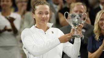 Iga Swiateks bisher grösster Erfolg: In Wimbledon gewann sie letztes Jahr den Juniorentitel