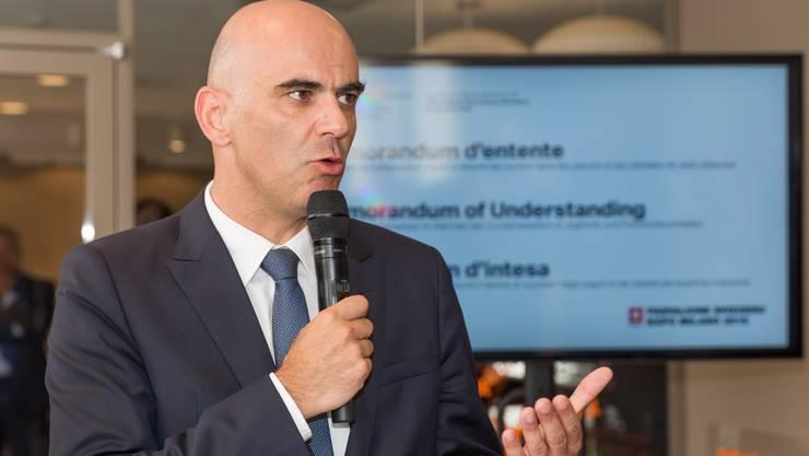 Bundesrat Berset und Schweizer Produzenten und Verteiler von Lebensmitteln haben heute im Schweizer Pavillon an der Expo Mailand ein Memorandum of Understanding unterzeichnet.