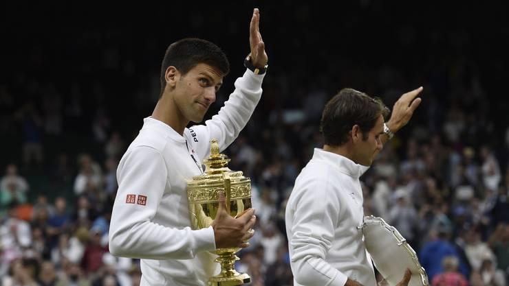 Auf dem Weg in den Final gibt Federer wieder nur einen Satz ab. Im Startsatz des Finals gegen Titelverteidiger Novak Djokovic verspielt er eine Breakführung. «Ich spielte gut, aber Novak war grossartig», sagt Federer, der vom Publikum frenetisch unterstützt wird. «Gegen Novak darf man verlieren. Trotzdem werde ich jetzt nicht beginnen, das zu akzeptieren. Ich habe bewiesen, dass ich einer der wenigen Spieler bin, die ihn schlagen können.» Für Djokovic ist es der dritte Wimbledon-Titel.