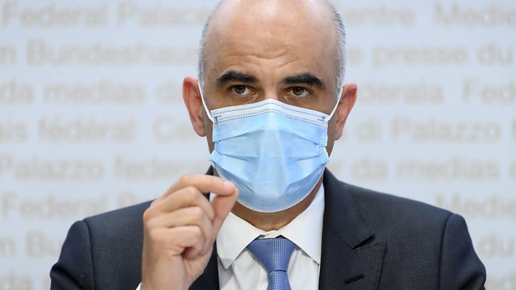 «Habe die Wissenschaft zu wenig hinterfragt»: Gesundheitsminister Alain Berset. (Archivbild)