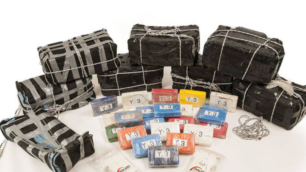 Bei den in Birsfelden BL entdeckten 191 Kilogramm Kokain dürfte es sich um die grösste je in der Schweiz beschlagnahmte Menge der Droge handeln. (Bild: Polizei Basel-Landschaft)