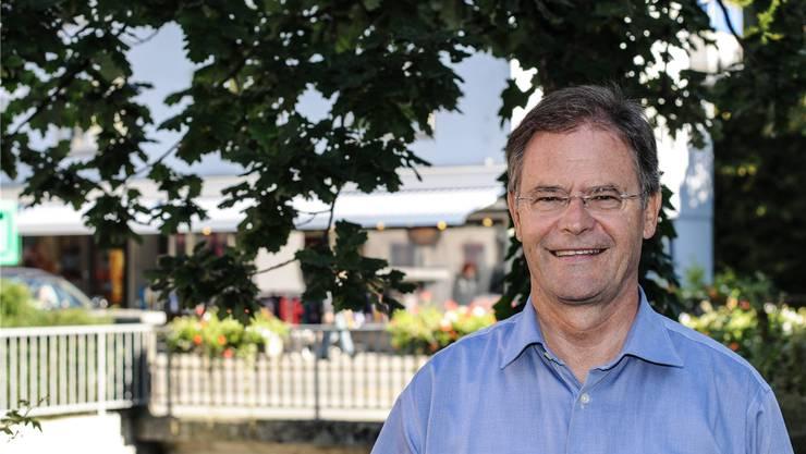 Walter Dubler, hier lächelnd vor den Gemeinderatswahlen im Herbst 2013, muss sich nach der Anklage der Staatsanwaltschaft vor Gericht verantworten. Toni Widmer/Archiv