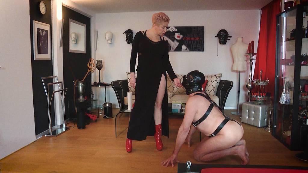 Mein Fetisch: Der Sklave und seine Herrin