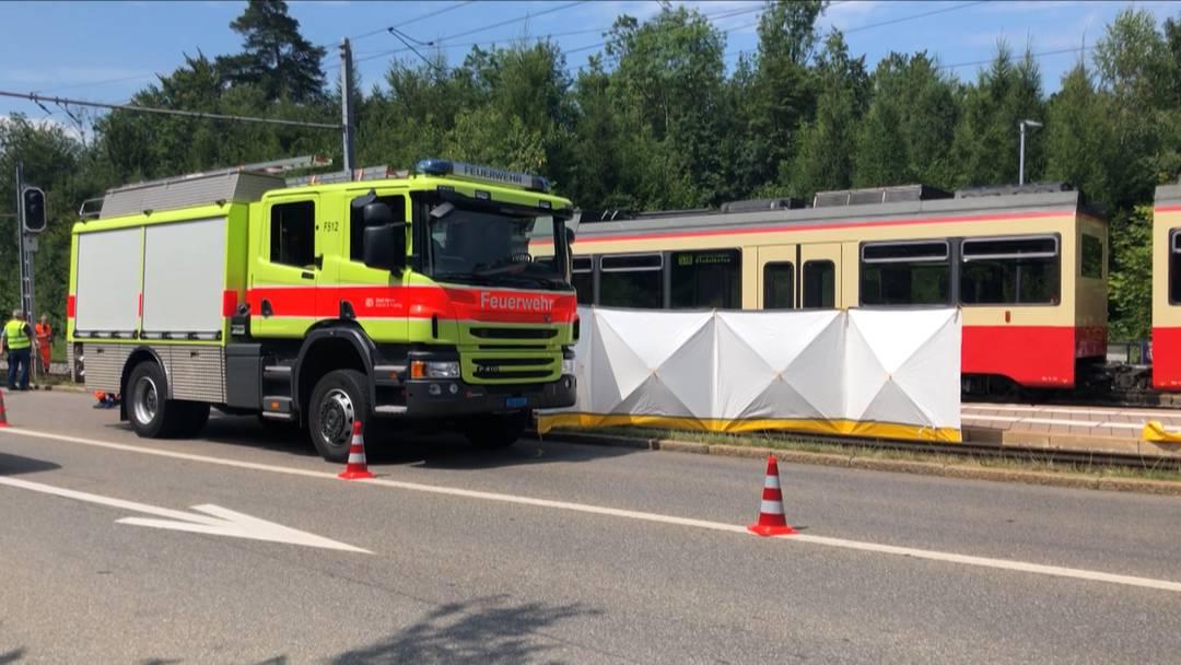 Zollikon: Fussgänger bei Bahnunfall tödlich verletzt