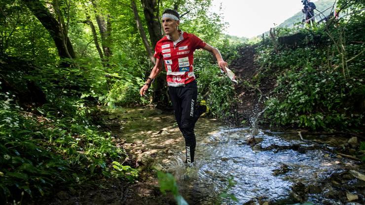 Über die Mitteldistanz lief Matthias Kyburz seinen Gegnern davon. Am Wochenende strebt er in der Staffel und über die Langdistanz weitere Medaillen an.