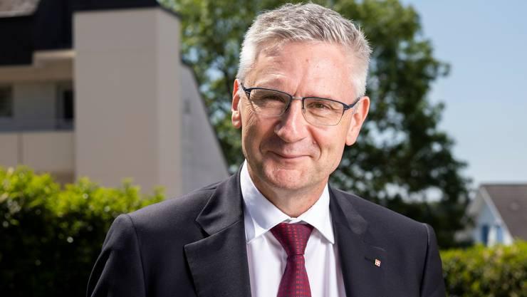 Der Aargauer SVP-Nationalrat Andreas Glarner entscheidet als Präsident der Staatspolitischen Kommission gegen Stimmrechtsalter 16.