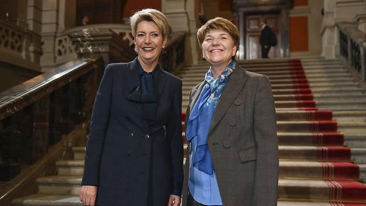 Erhalten Bestnoten von der Bevölkerung: die Bundesrätinnen Karin Keller-Sutter (links) und Viola Amherd nach ihrer Wahl im vergangenen Dezember.