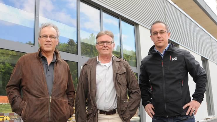 Sie realisierten den Neubau der Profot AG: CEO und Eigentümer Albert Sigrist, Architekt Robert Melliger und Bauleiter Roman Strebel. zg