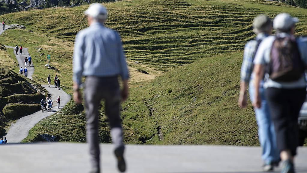 Wanderer im Diemtigtal im Berner Oberland. (Symbolbild)