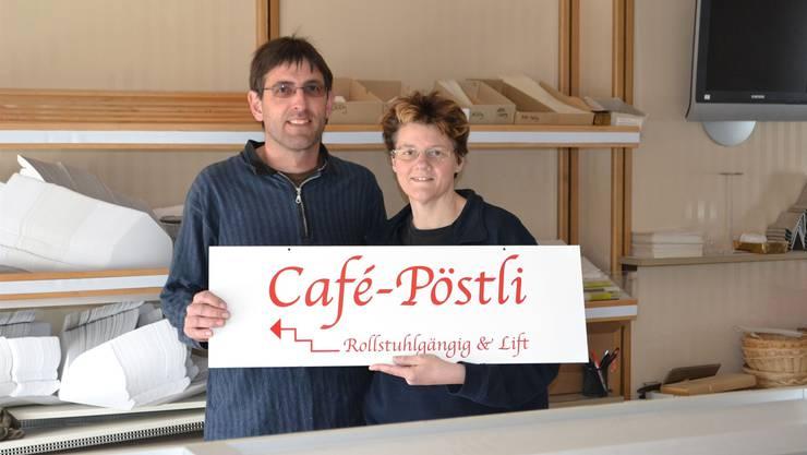 Peter und Monika Leutwiler eröffnen das «Café Pöstli» am 7. Mai.