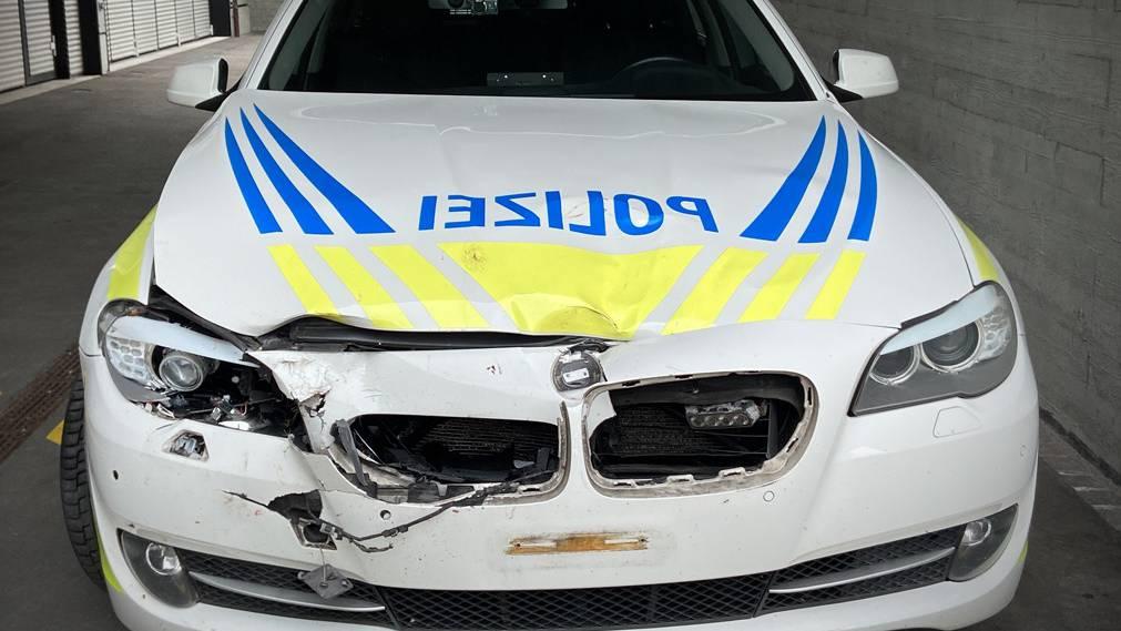 Kapo Aargau, Reh, Polizeifahrzeug