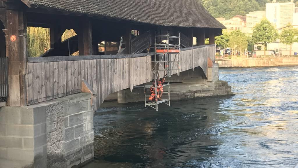 Unterhaltsarbeiten an Luzerner Spreuerbrücke wegen leichter Senkung