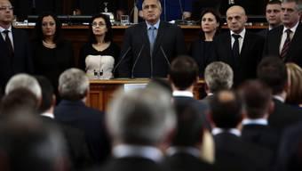 Premierminister Borissow und sein Kabinett im Parlament