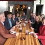 Nach getaner Arbeit am Bettlebier-Fest (von links): Konrad Schleiss, François Scheidegger (Grenchen), Barbara Leibundgut (Bettlach, Anita Panzer (Feldbrunnen-St. Niklaus), Präsident Hans-Peter Berger (Langendorf), Roswitha Eichenberger (Lommiswil), Kurt Fluri (Solothurn), Jasmin Huber (Riedholz), Pascal von Roll (Balm. b. G.) und Silvia Spycher (Selzach).
