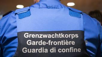 Der Nationalrat will das Grenzwachtkoprs um 44 Stellen verstärken, gegen den Willen des Bundesrates. (Themenbild)