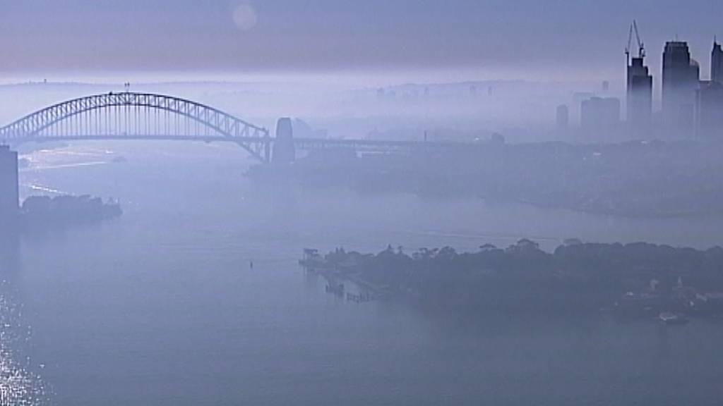 Sydney steckt unter dicker Rauchdecke