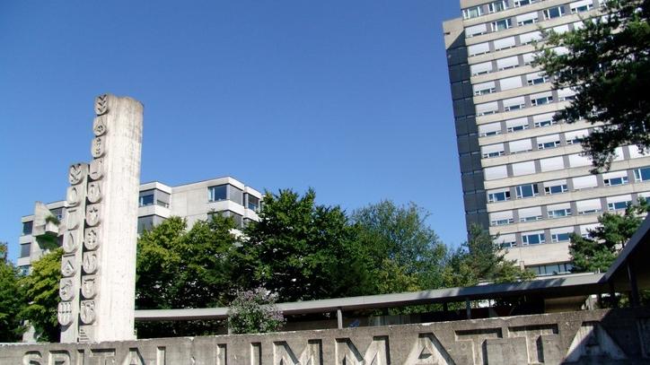 Der Unfall ereignete sich auf Höhe des Spitals Limmattal (Archivbild)