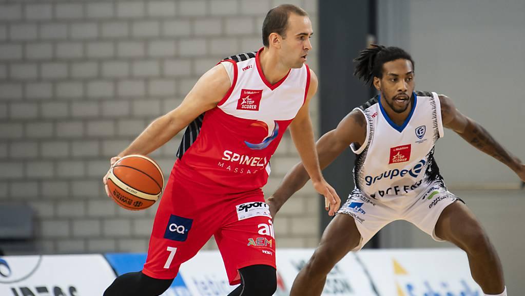 Dusan Mladjan (links) erzielte den entscheidenden Treffer eine knappe Sekunde vor Schluss