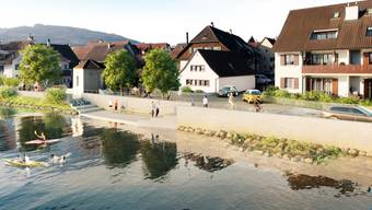 Eine Visualisierung zeigt, wie die Uferpromenade in Wallbach – hier der Abschnitt Waschplatz Brütschengasse – dereinst aussehen wird.