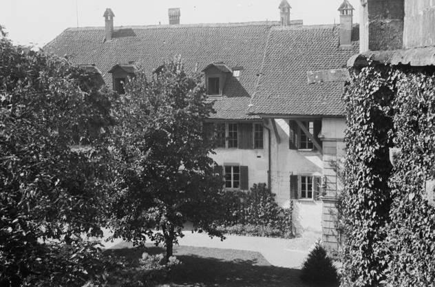 Zwischen 1925-1951 lebte Lincoln Ellsworth, Sohn von James Ellsworth im Schloss.
