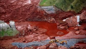 Roter Giftschlamm erreicht die Donau